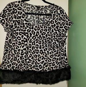 🎃🎃🎃 Leopard print top
